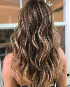 Beautiful Brown Hair Color With Highlights 2018 - All For Hair Color Balayage Brown Hair With Blonde Highlights, Brown Ombre Hair, Hair Color Highlights, Ombre Hair Color, Light Brown Hair, Hair Color Balayage, Brown Hair Colors, Balayage Highlights, Honey Balayage