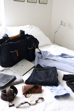 Homevialaura | mens style | smart casual | Qwstion Weekender from Mukama.com