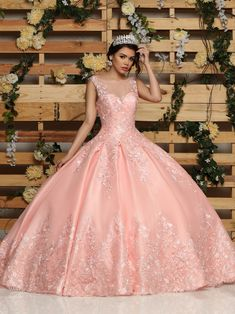 Quinceanera dresses, decorations, tiaras, favors, and supplies for your quinceanera! Many quinceanera dresses to choose from! Quinceanera packages and many accessories available! Xv Dresses, Quince Dresses, Fashion Dresses, Prom Dresses, Wedding Dresses, Formal Dresses, Pretty Quinceanera Dresses, Pretty Dresses, Beautiful Dresses