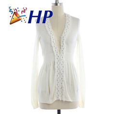 """HP Rebecca Taylor Off White Cardigan ➖BRAND: Rebecca Taylor  ➖SIZE: XS (see measurements)  ➖STYLE: A soft beautiful off white open cardigan with a gorgeous twisted intwined silver accent.  ➖MEASUREMENTS      ➖LENGTH: 24.5""""     ➖BUST: 16""""     ➖SLEEVE LENGTH : 23"""" Rebecca Taylor Sweaters Cardigans"""