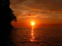 Sunset off Quepos, Costa Rica