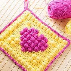 10 Most Unique FREE Crochet Heart Patterns: Crochet Bobble Heart Potholder Free Pattern Crochet Potholder Patterns, Crochet Dishcloths, Crochet Chart, Crochet Home, Crochet Gifts, Knit Crochet, Crochet Geek, Form Crochet, Crochet Owls