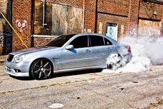 mercedes e 55 amg chip tuning Mercedes Benz Amg, Mercedes E Class, Mercedes E Series, Class 2017, Maybach, E55 Amg, Merc Benz, Vossen Wheels, Car Goals