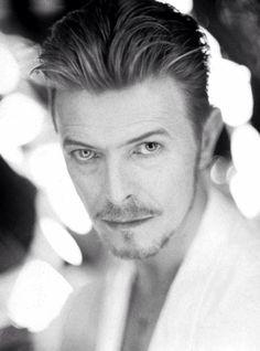 David Bowie - those eyes