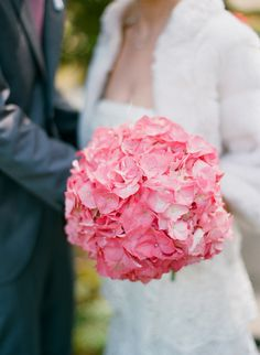 Oh wow! The color of this bouquet is killing us! LOVE. Floral Design by Greenworks Inc / Photography by silvanadifranco.com