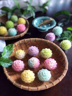 Asian Desserts, Party Desserts, Sweet Desserts, Dessert Recipes, Food Art Painting, Authentic Thai Food, Tasty Thai, Thai Dessert, Food Carving