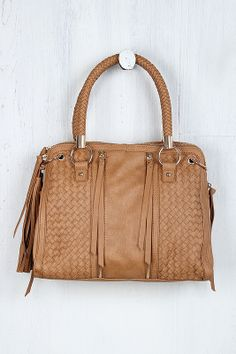 this Constant Stature Bag is an awesome color for warmer weather #urbanog