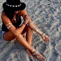 Flash tattoos invadem as praias do Brasil | Party Style