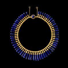 Collar de estilo egipcio y pendientes: lapislázuli, oro Luigi Freschi, Roma, Italia, alrededor de 1860.