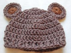 DIY Crochet DIY Yarn: DIY Baby Hat Pattern: Crochet Bear: For when I make an attempt to try and crochet. Crochet Bear Hat, Crochet Baby Hat Patterns, Cute Crochet, Crochet For Kids, Crochet Dolls, Baby Patterns, Cowl Patterns, Knitting Patterns, Booties Crochet