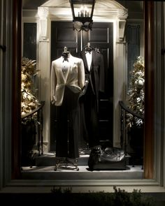 """"""" Ralph Lauren Stores: Beverly Hills """" Black tie sophistication from the windows at our Beverly Hills store. Visual Merchandiser, styling and still life designs Shop Window Displays, Store Displays, Display Windows, Shop Windows, Beverly Hills, Christmas Window Display, Christmas Windows, Visual Display, Window Design"""
