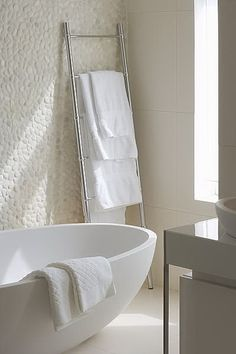 Badkamer 40 Pebble Tile Bathroom Ideas 23 – Kawaii Interior The Home Doctor Is In The Home Doctor ha Bathroom Renos, Laundry In Bathroom, Bathroom Interior, Modern Bathroom, Small Bathroom, Bathroom Ideas, Bathroom Taps, Minimal Bathroom, White Bathrooms