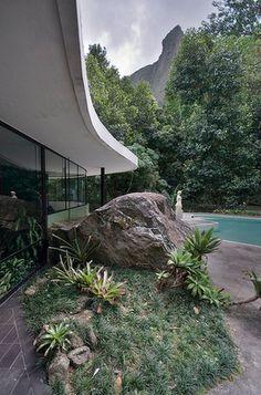 Casa das Canos / Canoas house, Rio de Janeiro, Brazil by Oscar Niemeyer :: 1951