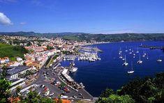 Horta, Azores (Um bocado de história, esta fotografia não contém ainda o novo terminal marítimo)
