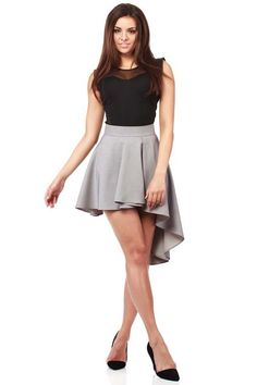 Grey asymmetrical skirt fastened at the back