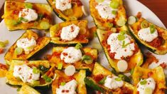 These Loaded Zucchini Skins Make Ditching Carbs Easy Light Recipes, Clean Recipes, Low Carb Recipes, Cooking Recipes, Healthy Recipes, Healthy Options, Diabetic Recipes, Healthy Habits, Healthy Drinks