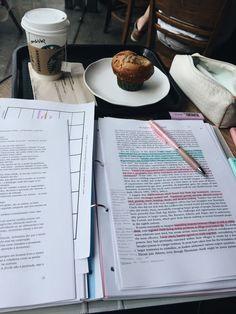 School Organization Notes, Study Organization, College Notes, School Notes, Study Board, Work Motivation, College Motivation, School Study Tips, Study Space