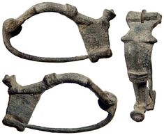 Ancient Resource: Ancient Roman Fibulae (Toga-Pins) and Brooches for Sale