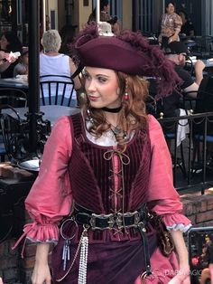 Redd the Pirate Sails into New Orleans Square in Search of Captain Jack Sparrow at Disneyland Cute Costumes, Disney Costumes, Disney Outfits, Cosplay Costumes, Cosplay Ideas, Pirate Garb, Pirate Cosplay, Disney Cosplay, Pirate Halloween