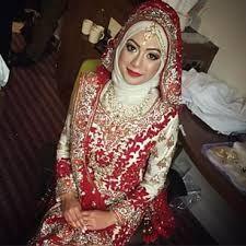 Beautiful Hijabi bride :D