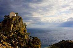 ΠΑΝΑΓΙΑ Η ΚΡΗΜΝΙΩΤΙΣΑ – ΣΑΜΟΘΡΑΚΗ   ΕΚΚΛΗΣΙΕΣ μικρά διαμάντια αγάπης και ομορφιάς   ΜΟΝΟΝ ΦΩΤΟΓΡΑΦΙΕΣ – SOLO – FOTO Macedonia, Greece, Waterfall, Community, Island, Adventure, Mountains, Nature, Outdoor