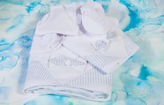 oil cloth set 6 pieces 1403 Bow tie Oil cloth in white and ecru color with patterned fabric scarves and applique bow tie cm. set underwear 3 pieces breech undershirt cap cotton towel towel for the priest cotton size stitched Optionally you can get for set