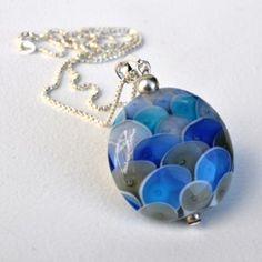Colgante 004 de la Colección Escamas de Miguel de Diego y Sonia Osuna #art #handmade #necklace