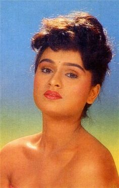 Padmini Kolhapure, 80s Actresses, Old Actress, Bollywood Stars, Bollywood Actress, Cinema, Indian, Sexy, Entertainment