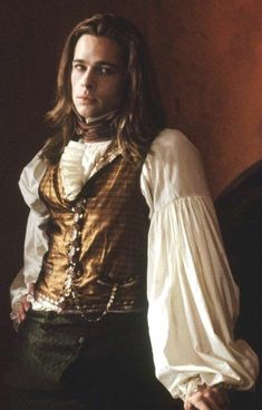 No vampire, not even Brad. Louis De Point Du Lac Brad Pitt Interview with the vampire Vampire Love, Vampire Art, Vampire Legends, Gothic Vampire, Brad Pitt Interview, Anne Rice Vampire Chronicles, Lestat And Louis, Beautiful Men, Beautiful People