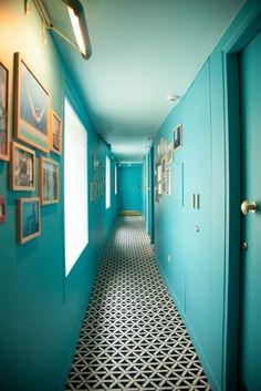 Calm and sweet turquoise deco of Hotel Edgar, Paris. Hotel Paris, Paris Hotels, Interior Architecture, Interior And Exterior, Das Hotel, Interior Decorating, Interior Design, Hotel Interiors, Commercial Interiors