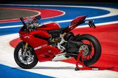 Ducati 1199 | 2013 Ducati 1199 Panigale R Photo Gallery - Autoblog
