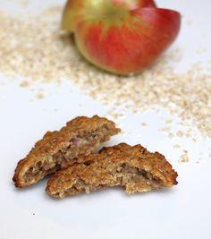 Innlegget inneholder annonselenker Hei og god onsdag! Eg rekner med tilgangen til norske epler fortsatt er stor hos mange? Eg håper det, for eg har fortsatt oppskrifter å dele! Idag havrekjeks med eple og kanel, uten tilsatt sukker og gluten, og kan fint lages melkefri. Rask og enkel oppskrift for store som små! Havrekjeks med …