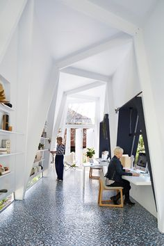 Nestled in a subtropical garden is the small office space of Brisbane-based styling team Indigo...