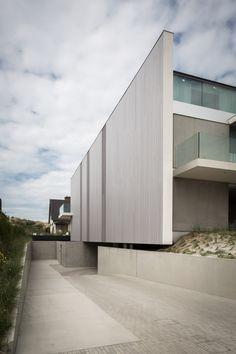 House Elevation, Garage Design, Beach House, Home Goods, Van, Contemporary, Outdoor Decor, Amazing Houses, Home Decor