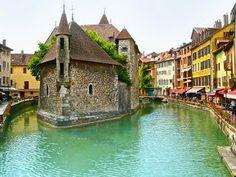 Prisión del Palacio de la isla Annecy, Alpes franceses