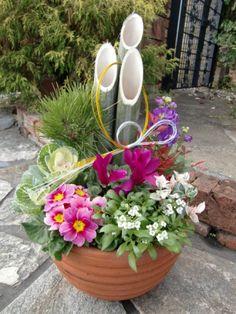 お正月寄せ植え - Yahoo!検索(画像) Container Gardening, Interior And Exterior, Flower Arrangements, Planter Pots, Table Decorations, Flowers, Plants, Landscaping Ideas, Imagination