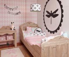 Behang Radijs Roze? De leukste Behang voor de kinderkamer bij Saartje Prum.