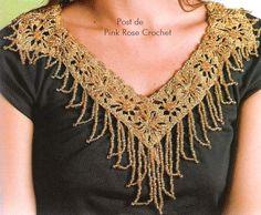 Colar Egípcio Dourado em Crochê  Um lindo modelo de Colar em Crochê!  Uma mistura de Crochê e Miçangas.