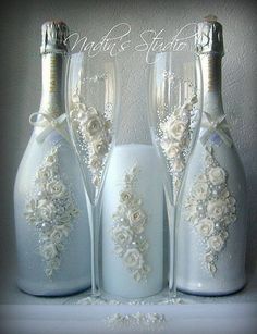 Decorative Bottles : Garrafa decorada -Read More – Wine Bottle Art, Diy Bottle, Wine Bottle Crafts, Jar Crafts, Vodka Bottle, Bottles And Jars, Glass Bottles, Wine Glass, Perfume Bottles