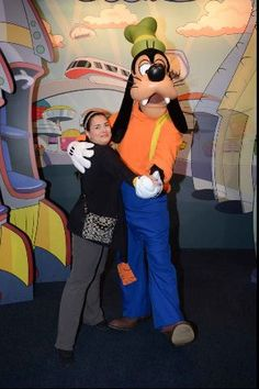 Disney World Tips & Tricks: Making Memorable Character Interactions.  Click this pin for this great information from the TouringPlans blog. Get four free Disney vacation planning e-guides when you subscribe to our newsletter at http://www.buildabettermousetrip.com/disney-freebies/