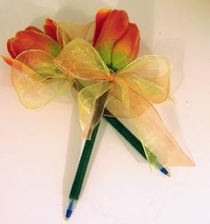 Orange tulip flower pen