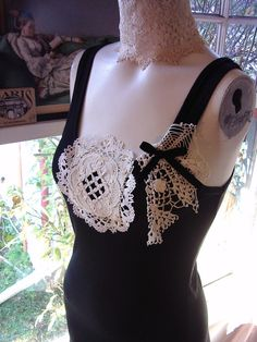 Recycled lace tank top