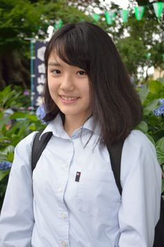School Girl Outfit, School Uniform Girls, High School Girls, Girl Outfits, Beautiful Asian Girls, Pretty Girls, Cute Girls, Japanese Countryside, Beautiful Actresses