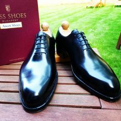http://chicerman.com  ascotshoes:  A pair of wholecut on the F Last. . Email Sammy for full consultation on sizing fitting Made To Order MTO stock & prices.  Ascotshoes@outlook.com - - - - - - - - - - - - - - - - #vassshoes #johnlobb #bespokeshoes #saintcrispin #finestshoes #rolex #crockettsandjones #handmadeshoes #hermes #dandy #handwelted #ascotshoes #classicshoes #englishshoes #pittiuomo87 #gentleman #suitedandbooted #gentlemanwithstyle #pocketsquare #edwardgreen #bespokesuits #sartoria…