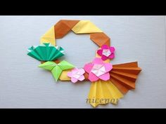 Origami Ring, Origami Wreath, Japanese Origami, Japanese Art, Arts And Crafts, Paper Crafts, Diy Crafts, New Years Decorations, Origami Tutorial