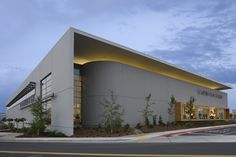 Scandinavian Designs, Rocklin CA - Retail Projects - Roth Sheppard, Denver, CO… Factory Architecture, Office Building Architecture, Retail Architecture, Industrial Architecture, Building Exterior, Building Facade, Commercial Architecture, Contemporary Architecture, Building Design