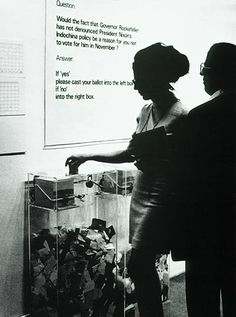 MoMA Poll, 1970 by Hans Haacke. Conceptual Art. installation. Museum of Modern Art, New York, USA
