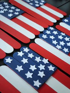 American Flag Popsicle Stick Craft - 4th of July Crafts for Kids