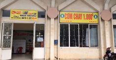 Quán cơm 1.000 đồng ở thành phố Huế Link: https://vn.city/quan-com-1-000-dong-o-thanh-pho-hue.html #TintucVietNam - #VietNam - #VietNamNews - #TintứcViệtNam Gia đình anh Nguyễn Quang Bi (44 tuổi, TP Huế ) mở quán cơm chay, mỗi suất một nghìn đồng, phục vụ sinh viên và người lao động nghèo.   Nguồn. TPO  Tin tức Việt Nam, Thông tin tổng hợp về kinh tế, chính trị, xã hội Việt Nam #ViệtNam   #vietna