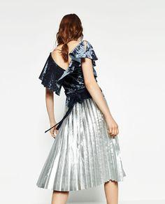 Image 3 of FRILLED VELVET TOP from Zara